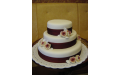 ESK2042 -  erre az esküvői torta kódra hivatkozzon!