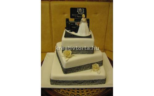 ESK2088 -  erre az esküvői torta kódra hivatkozzon!