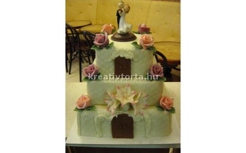 ESK2033 -  erre az esküvői torta kódra hivatkozzon!