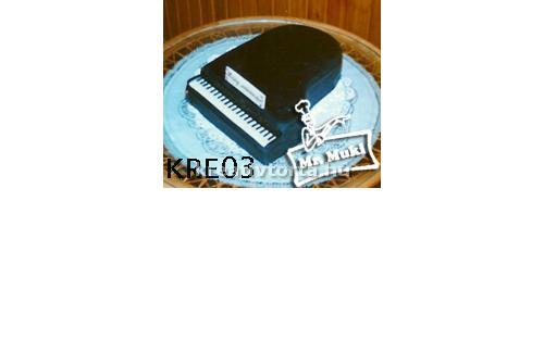 Zongora torta KRE2015